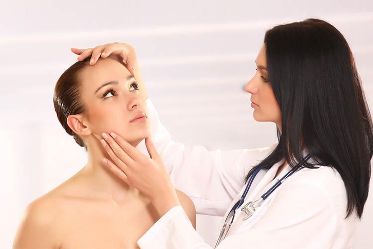 ebdomada-melanomatos-dorean-kliniki-eksetasi.jpg?fit=750%2C500