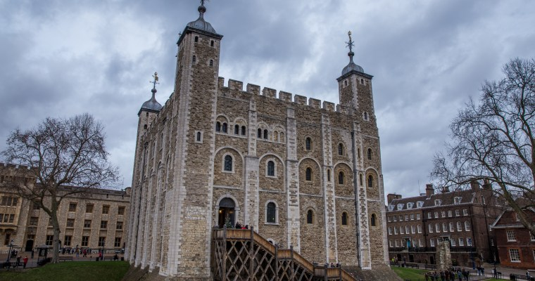 Castle on Tower Hill: Visiting the Tower of London