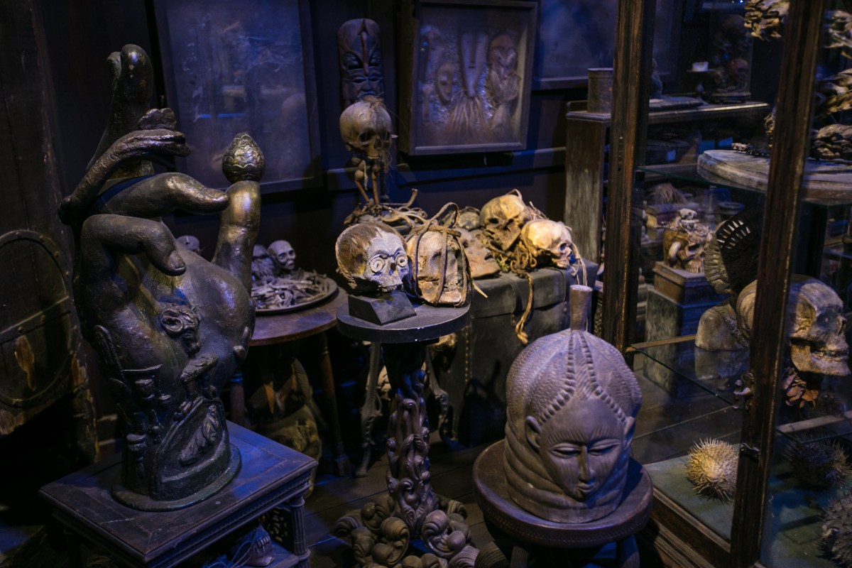 harry-potter-studio-tour-dark-objects