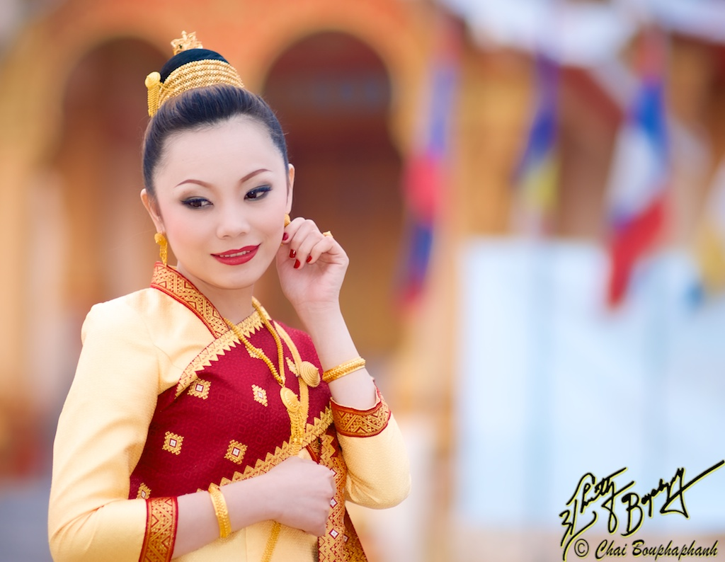 Amazing Traditional Wedding Costumes Of Southeast Asia Seasia