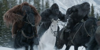 War-for-the-Planet-of-the-Apes-Maurice-Luca-and-Rocket-on-horses