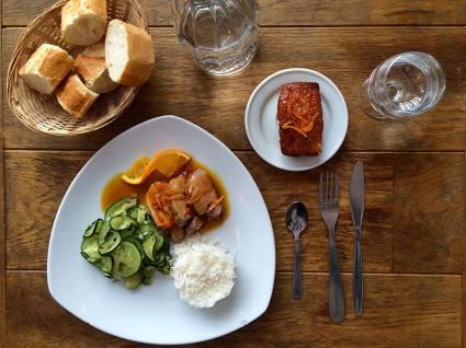 un-monde-gourmand-formule-les-petites-tables-vue-de-haut