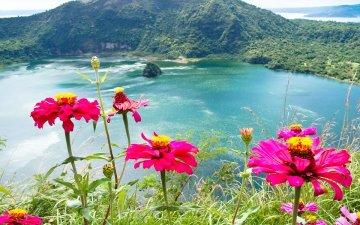 フィリピン・ルソン島タール火山で42年ぶりに噴火!マニラ空港は閉鎖!