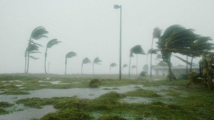 【台風ランキング】一番強い中心気圧(ヘクトパスカル)とは?驚異の瞬間最大風速は85.3m/s!
