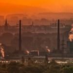 大気汚染PM2.5の原因・大きさ・時期|吸うとどうなる?健康への影響や注意点・対策
