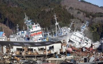 【東日本大震災】サンドウィッチマンの2011年3月11日の行動・足取り|山に避難して津波を回避