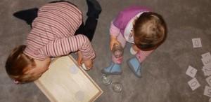 Activité Montessori, visser et devisser