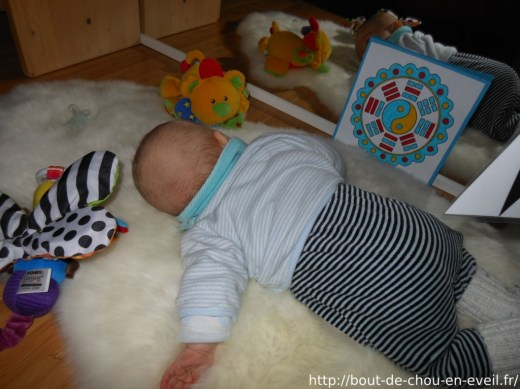 Bébé Montessori nido