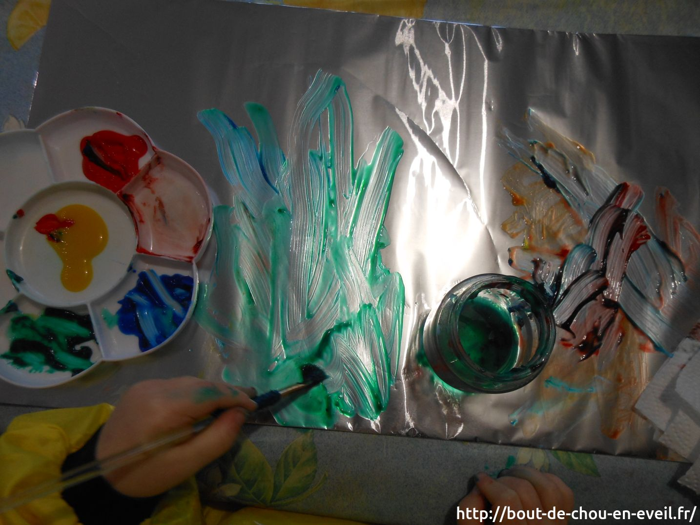 Activité Peinture Libre Sur Aluminium Bout De Chou En éveil