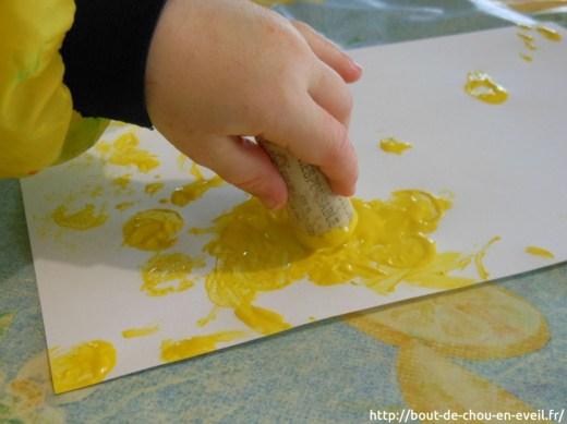 Activité peinture au bouchon