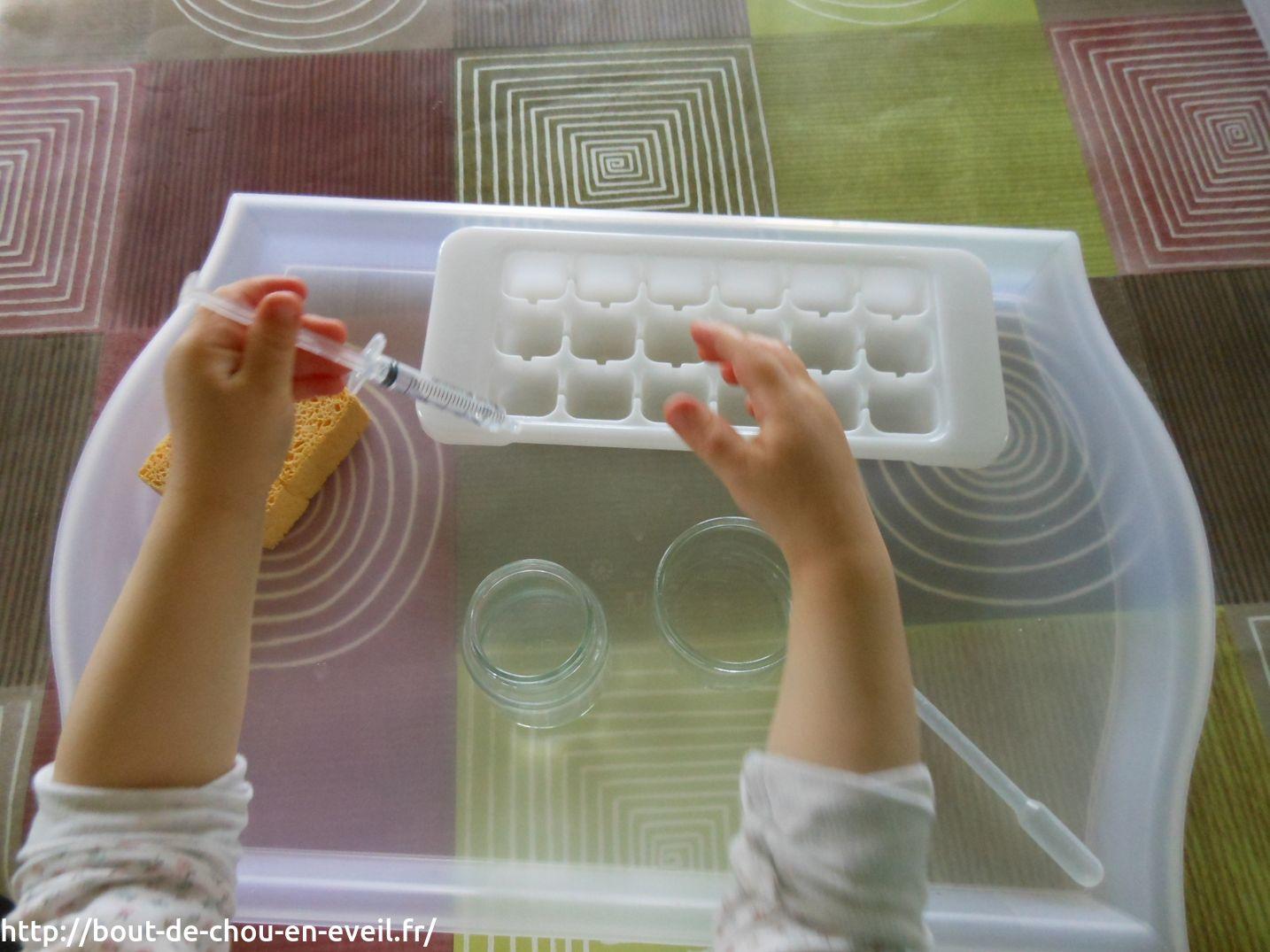 Activité Montessori : transvaser avec une seringue | Bout de chou ...
