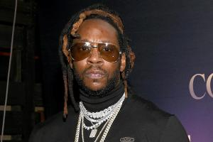 Rapper 2 Chainz responds to weed / COVID19 link!