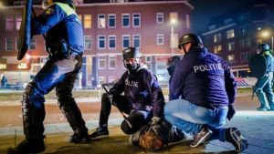 Riots erupt in Netherlands during protests over lockdown curfew
