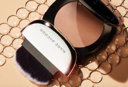 「marc jacobs beauty powder」の画像検索結果