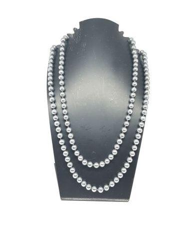Sautoir perles grises