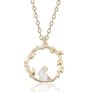 Collier couronne lapin blanc