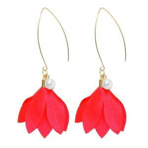Boucles d'oreilles perle et fleur rouge