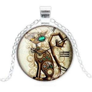 Collier médaillon chat horloge argenté