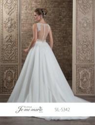 Robe de mariée (disponible en ivoire et blanc et deux tons)