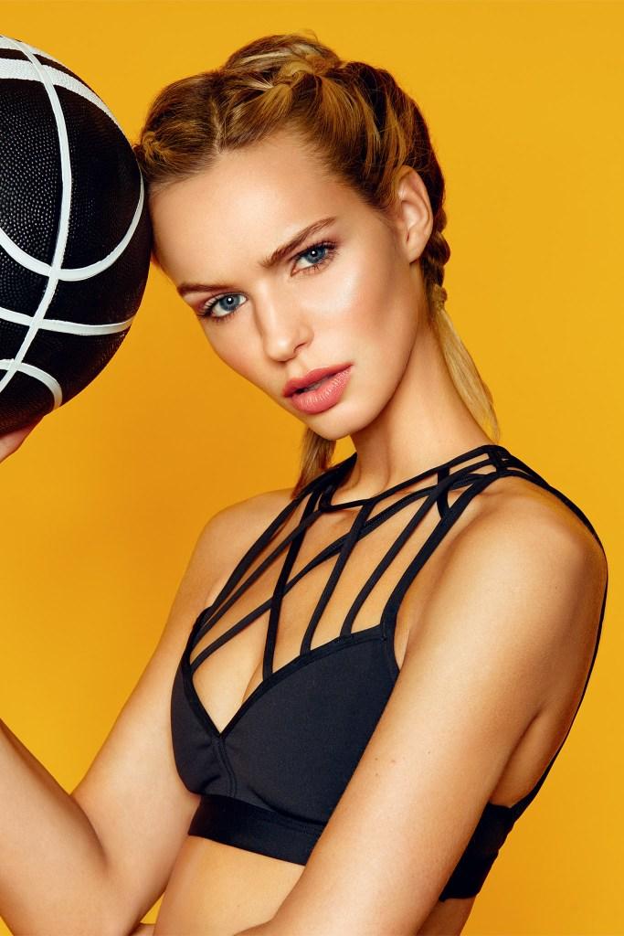 Boutique Retouching Annelie-sport-fashion-portrait-retouching-2-2 Sporty