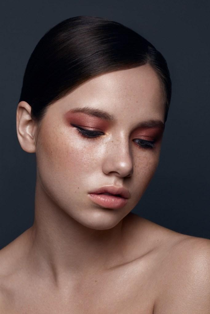Boutique Retouching imgl1120_fullres-copy-1 Frecke Beauty