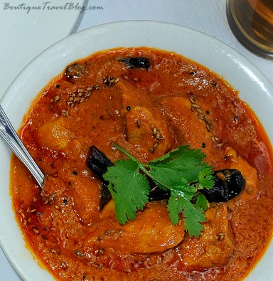 Kozi Verte Curry, a coconut chicken curry from the coast