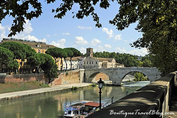 Isola Tiberina, River Tiber, Rome