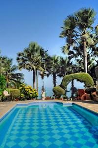 Ngala Lodge pool