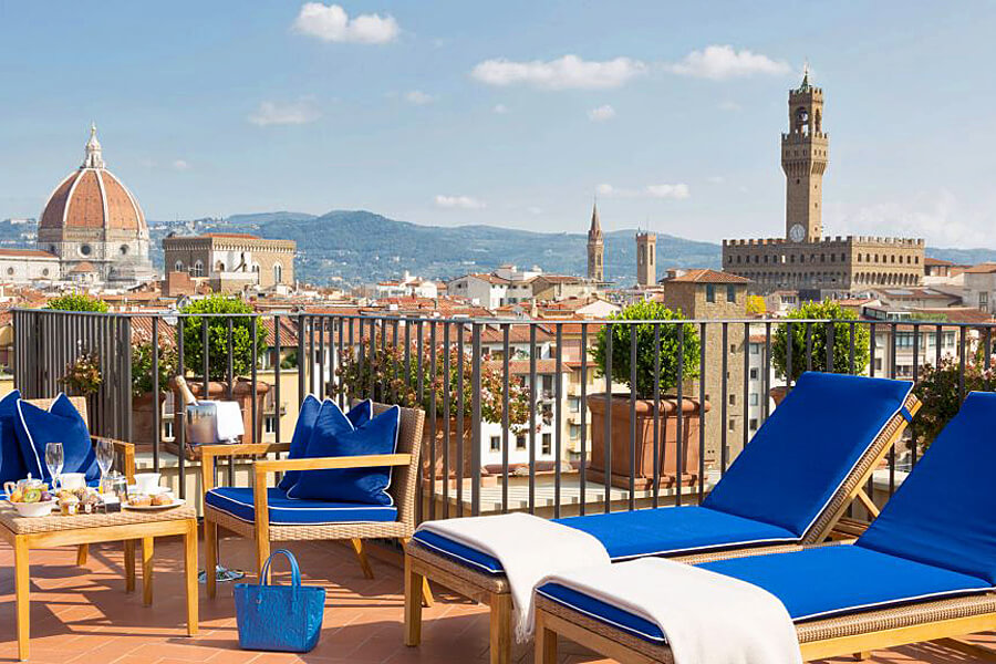 Hotel Lungarno | Riverside luxury with a view of the Ponte Vecchio