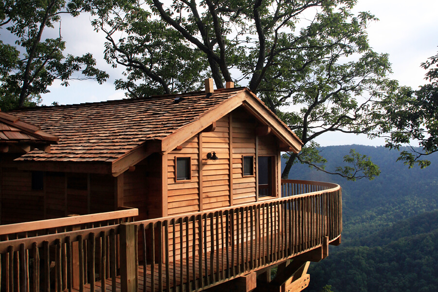 Primland treehouse, Blue Ridge Mountains, Virginia, USA