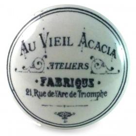 bouton de meuble au vieil acacia