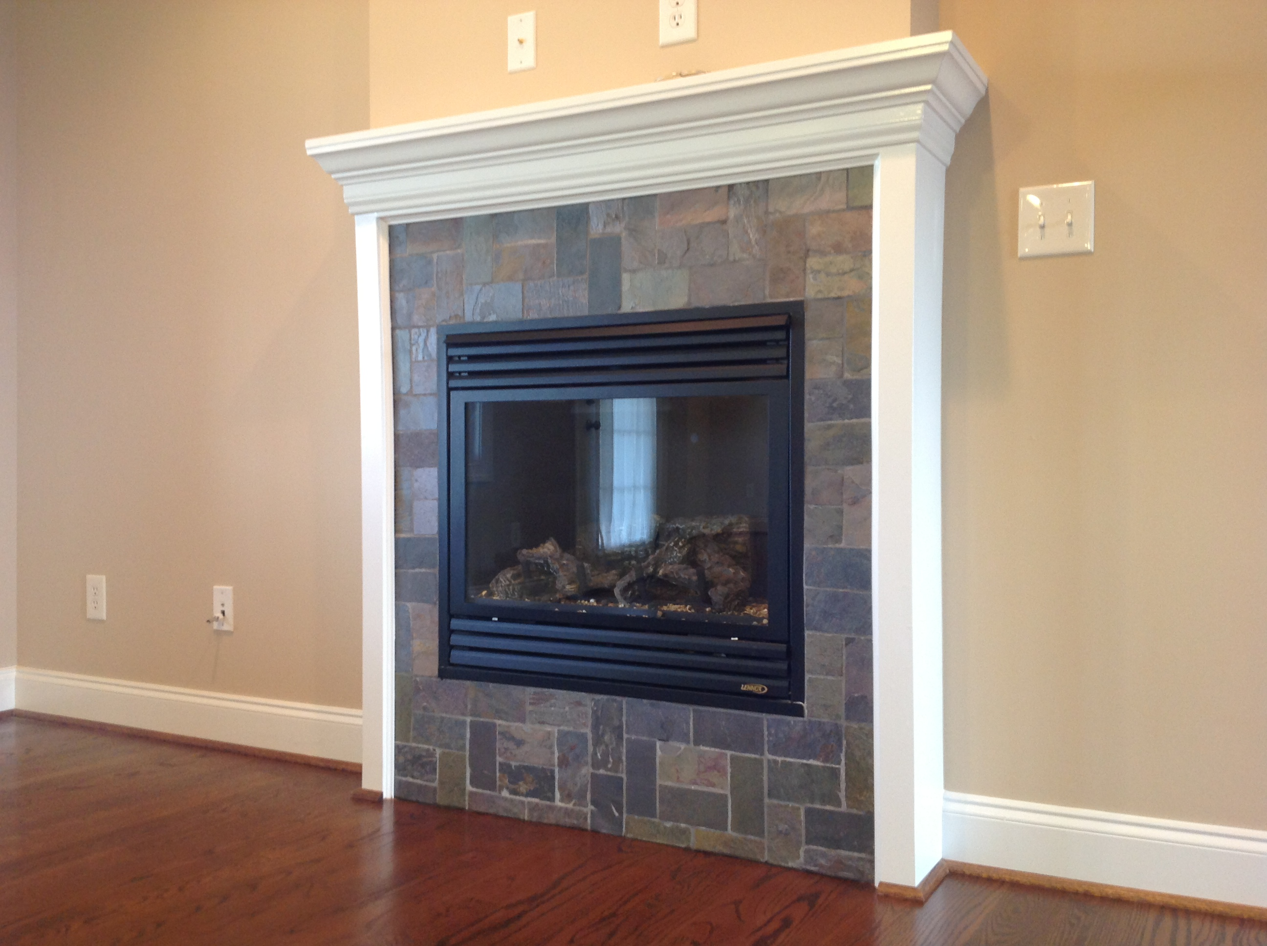 Vented Gas Log Fireplace W Slate Surround