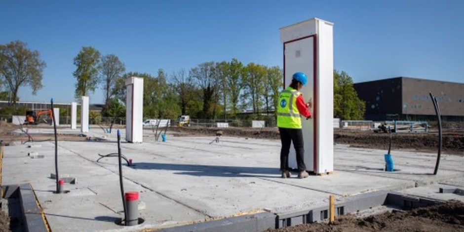 Innovaties - grondverzetmachine op waterstof & prefab meterkast