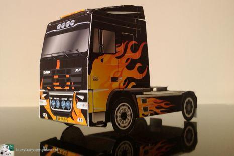bouwplaat-papercraft-daf-xf-flames_01