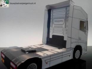 bouwplaatvanjeeigentruck_papercraft_bouwplaat_volvo_fh_05