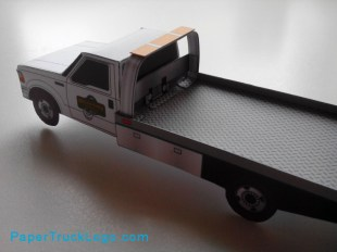 paertrucklogo-bouwplaat-papercraft-ford-f550-rollback