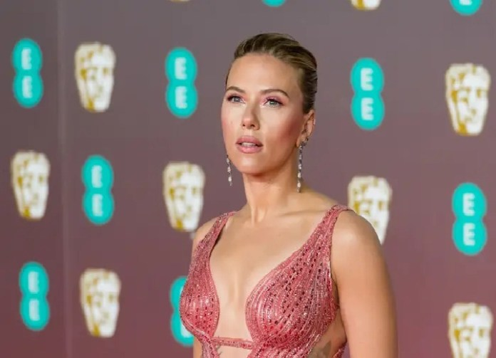"""Scarlett Johansson Is Facing Major Backlash for Saying She """"Should Be Allowed to Play"""" Anyone"""