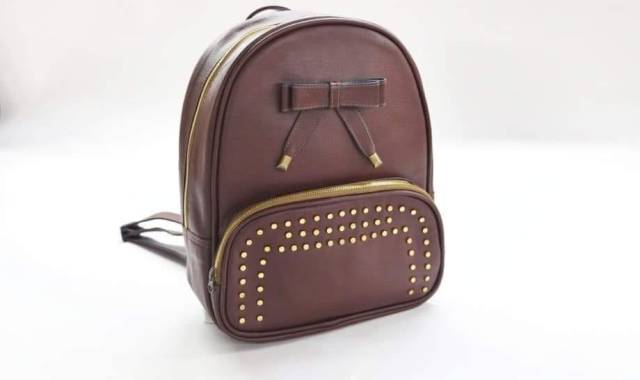 Leather made handbags