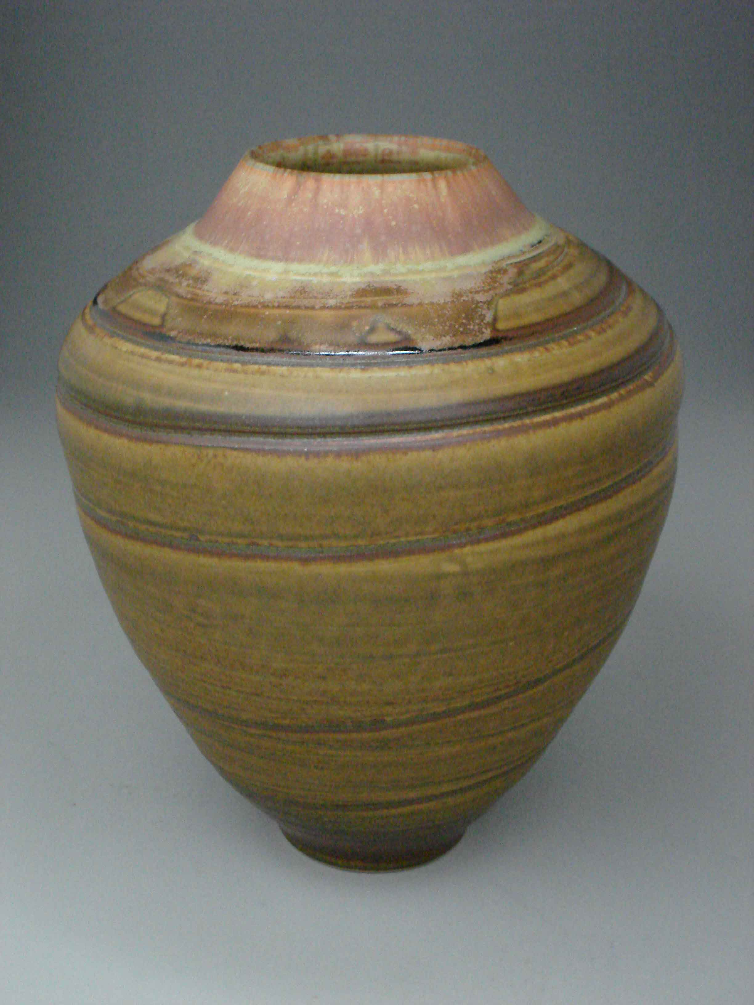yellow-vase-with-spiral.jpg