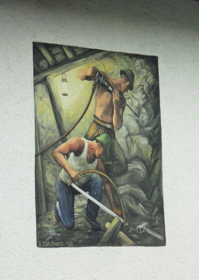A house wall painting commemorating   closed coal mines.