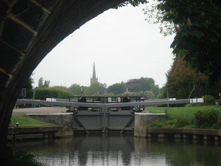 St. Johns Lock with Lechlade church behind.