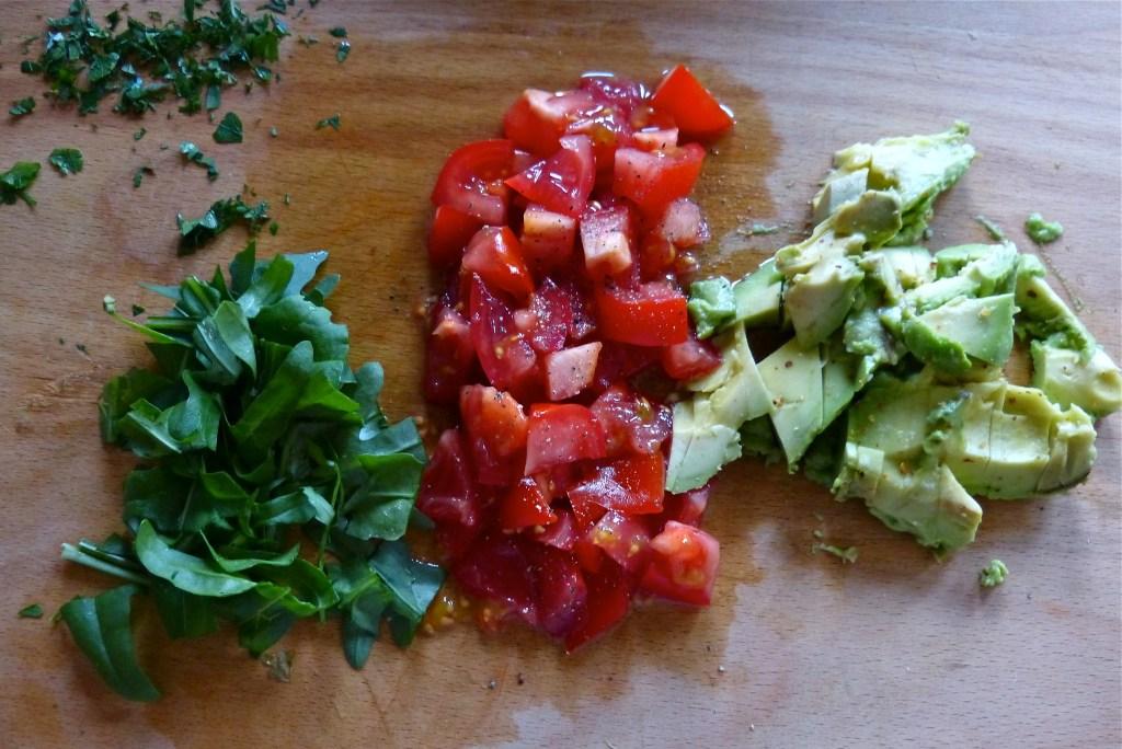 L1050190 1024x684 - Knuspriger Buchweizen-Pfannkuchen mit bunter Gemüsefüllung & über das Kochen im Alltag