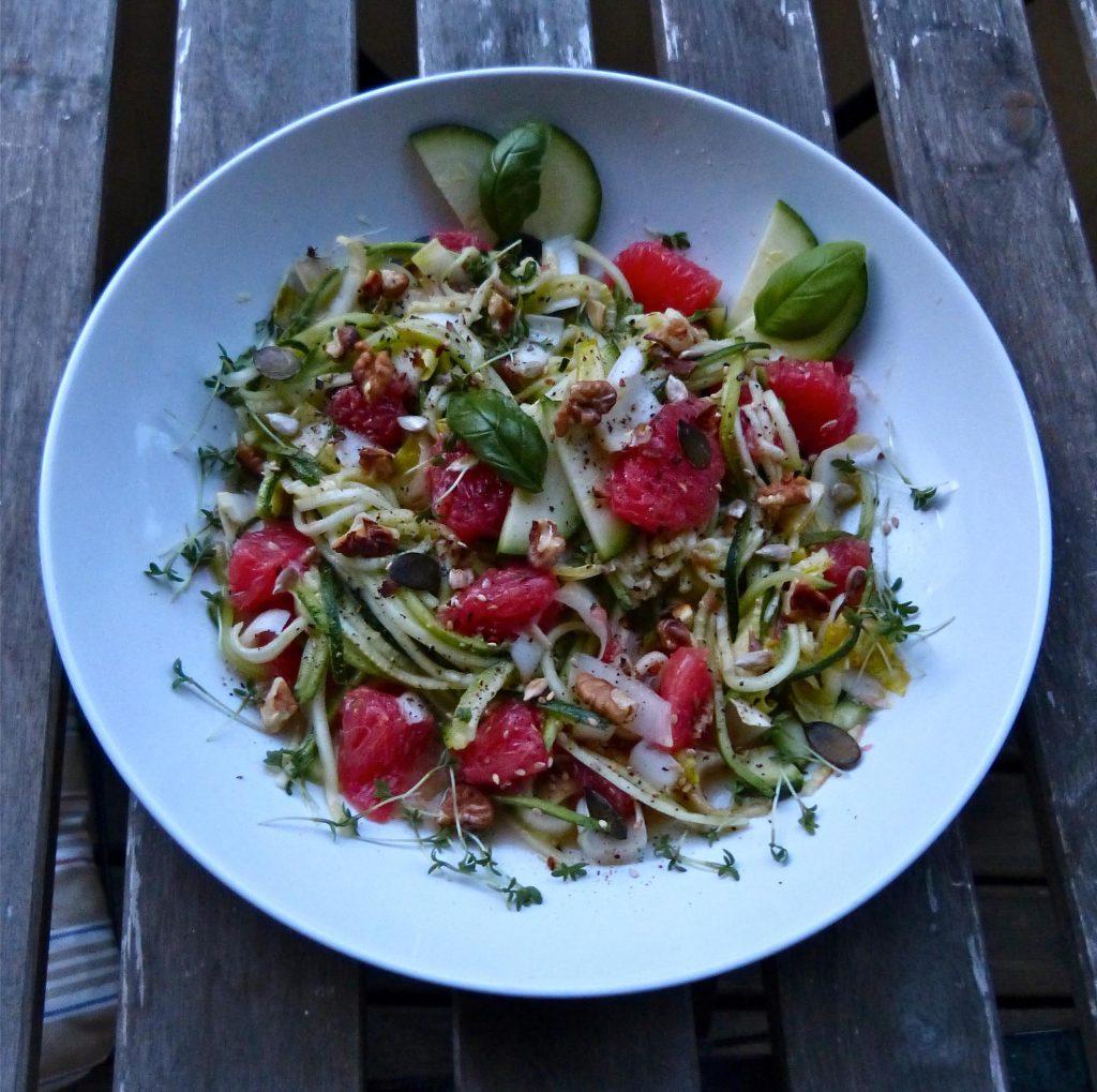 L1050647 1024x1019 - Zwei geniale Sommer Salate: frisch, leicht und fruchtig