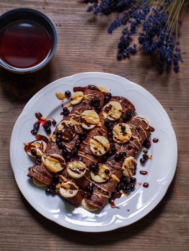 L1050853 LR 53 771x1024 - Sonntagsfrühstück: Crêpes mit selbstgemachter Schokosoße und Pflaumenkompott