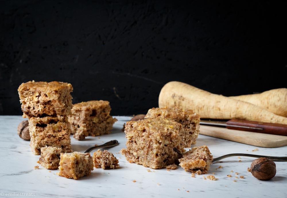 kuchen 8 von 13 - Gastbeitrag: Winterlicher Pastinakenkuchen von Emilie