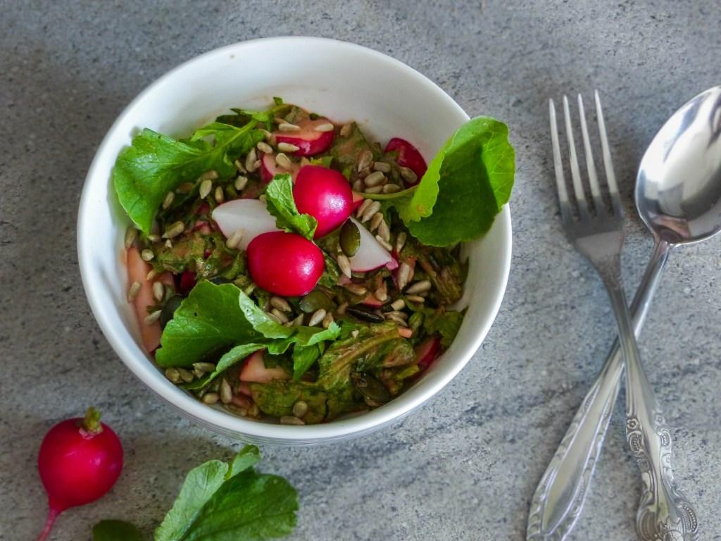 L1050853 LR 69 1024x768 - Nachhaltig kochen: Radieschenblätter Salat