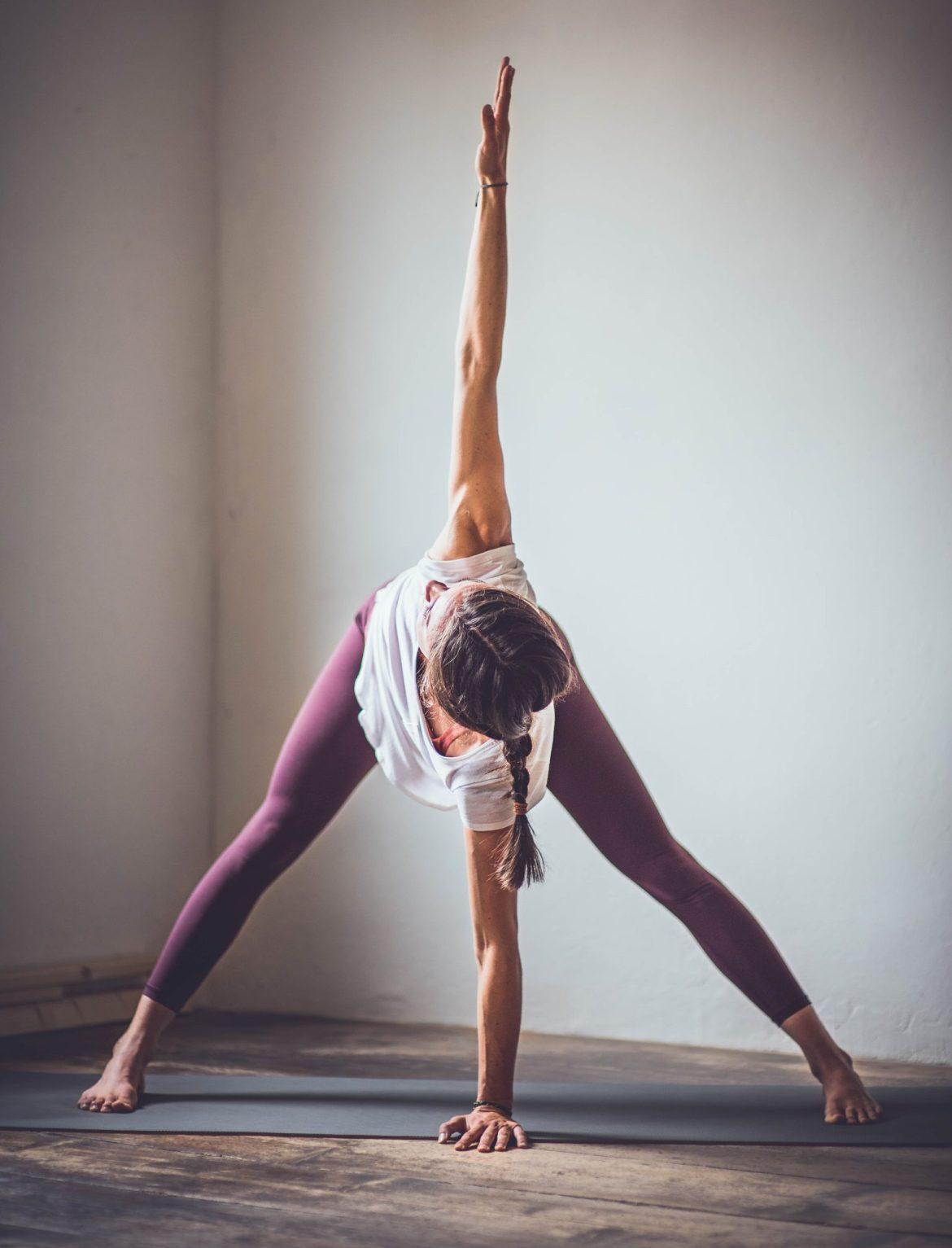 A56E7133 82D8 4FF4 BFED 63BAD87E00C3 e1610811389398 - Anusara Yoga: Schmerzfrei üben und das Herz öffnen