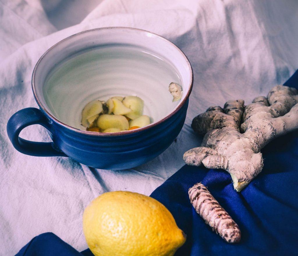 Apfelpancakes Tee 7 scaled e1614880515577 1024x882 - Einfache Tipps für Achtsamkeit am Morgen