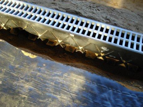 Driveway_water_management_drainage_7