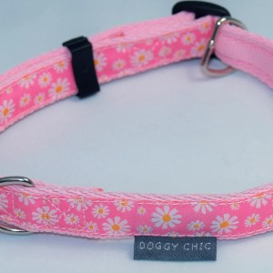 Pink daisy dog collar